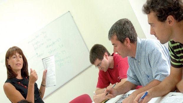 cursos en universidades de idiomas