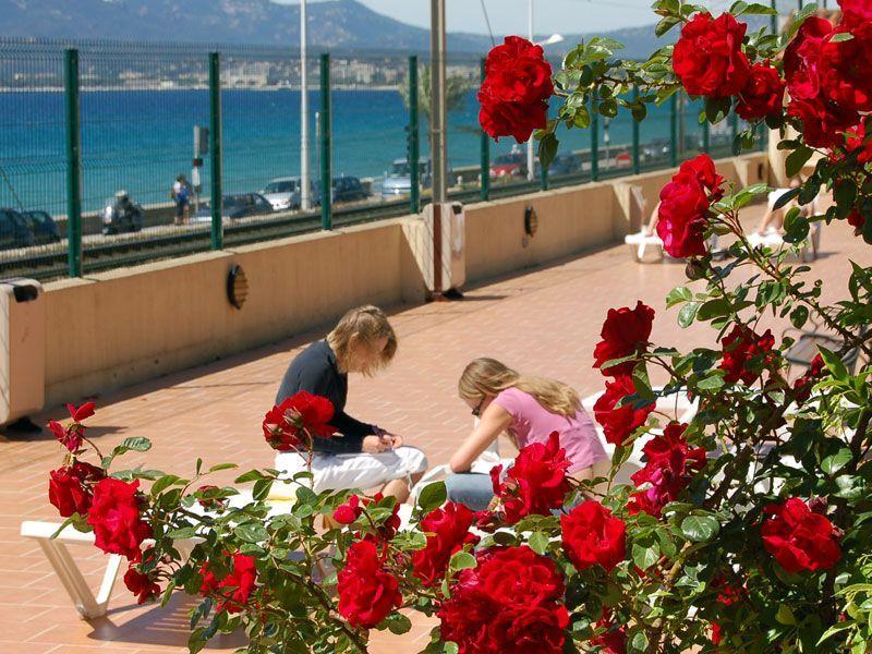Cannes-jovenes-+-16-a§os-Francia-curso-de-frances-ASTEX-4