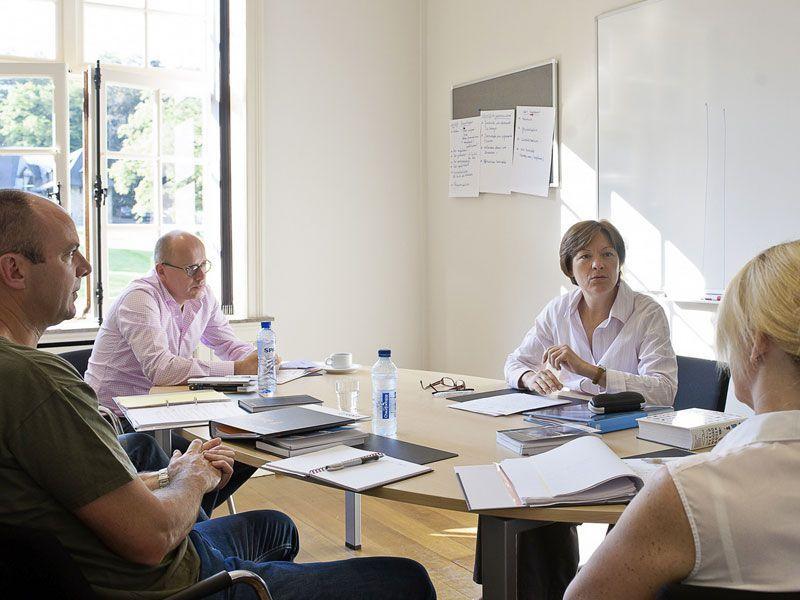 Ceran-Haute-Neubois-ejecutivos-Belgica-curso-de-idiomas-ASTEX-5 (5)