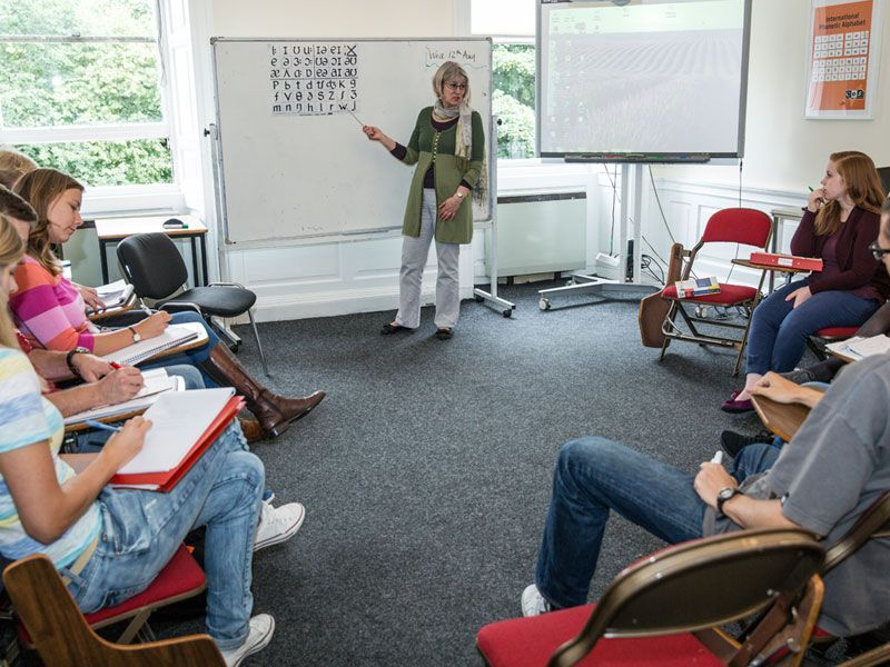 Edimburgo-CES-Reino-Unido-curso-de-ingles-ASTEX-2