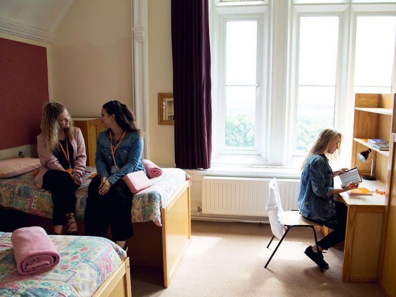 Frensham-Reino-Unido-curso-de-ingles-ASTEX-4