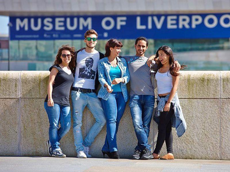 Liverpool-Lila-Reino-Unido-curso-de-ingles-ASTEX-4