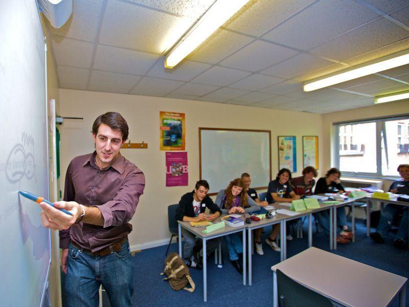 Oxford-mayores-16-a§os-Reino-Unido-curso-de-ingles-ASTEX-3
