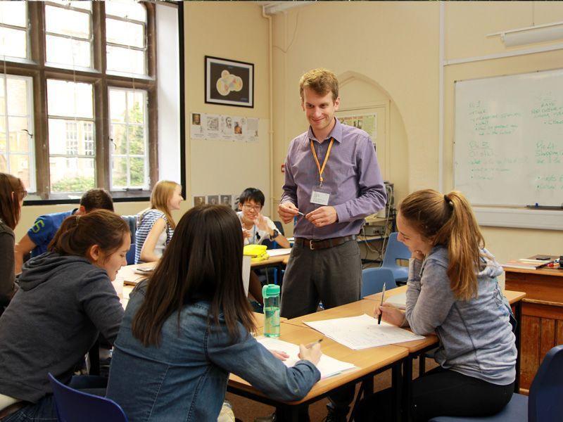 Winchester-College-Reino-Unido-curso-de-ingles-ASTEX-3