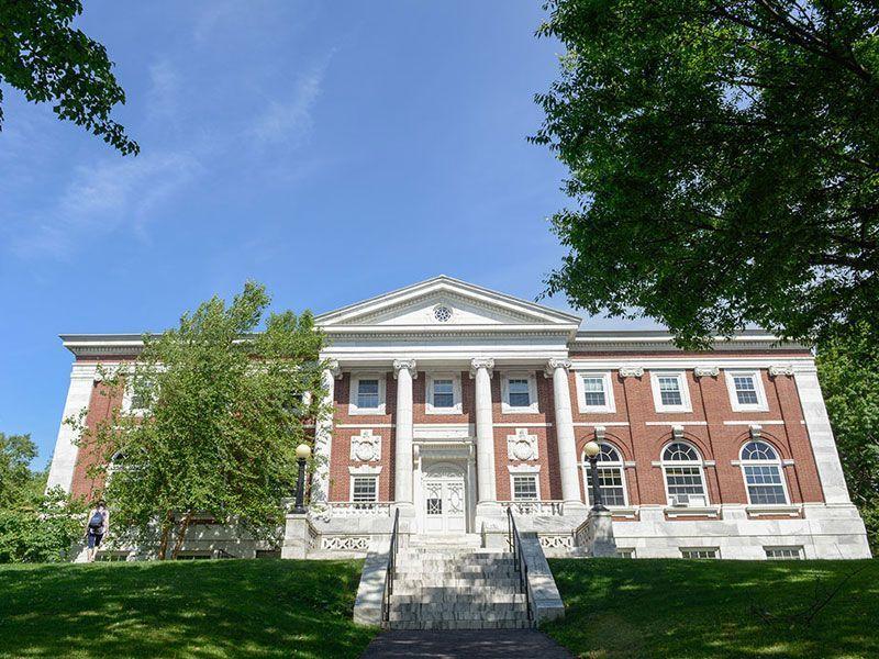preuniversitario-Tufts-Estados-Unidos-curso-de-ingles-ASTEX-2