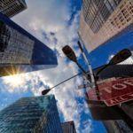 Trabajar en el extranjero haciendo prácticas profesionales: 7 beneficios que debes conocer