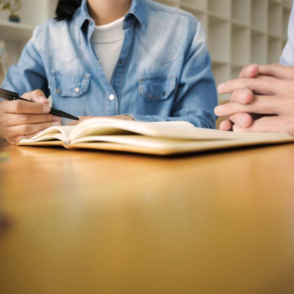 Preparación de exámenes oficiales y preparar entrevista en inglés