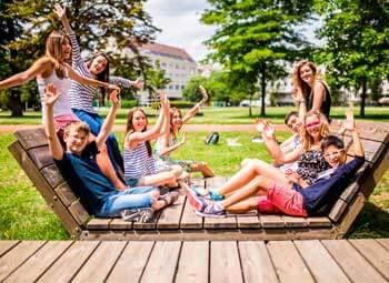 cursos de idiomas con actividades para jóvenes ASTEX