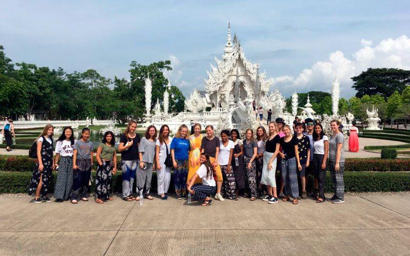 voluntariado en Tailandia en convivencia con estudiantes americanos ASTEX