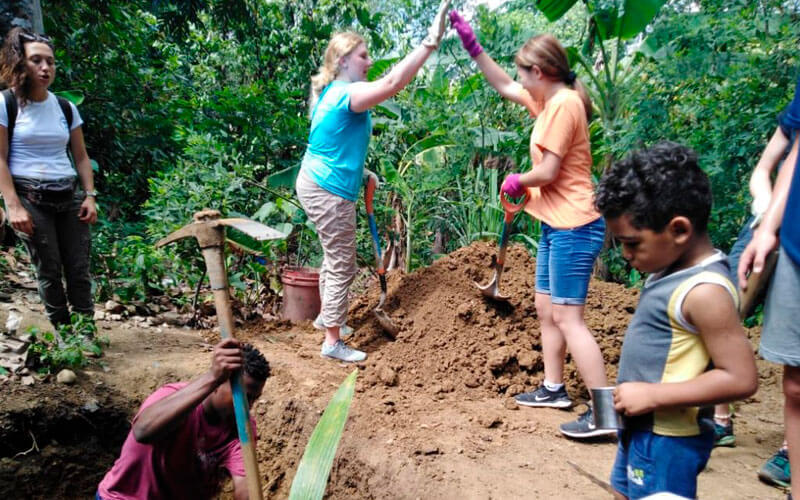 voluntariado republica dominicana con americanos ASTEX