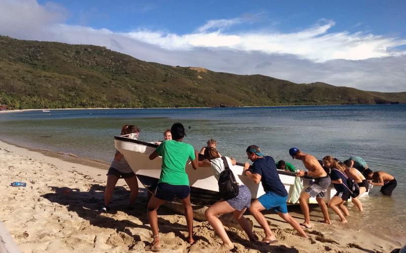 voluntariado internacional Fiyi para jóvenes ASTEX